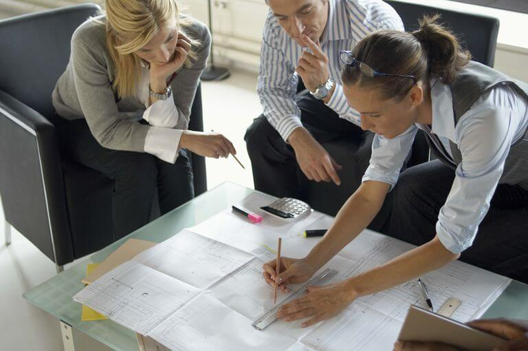 Roles commercial architects are expected to do