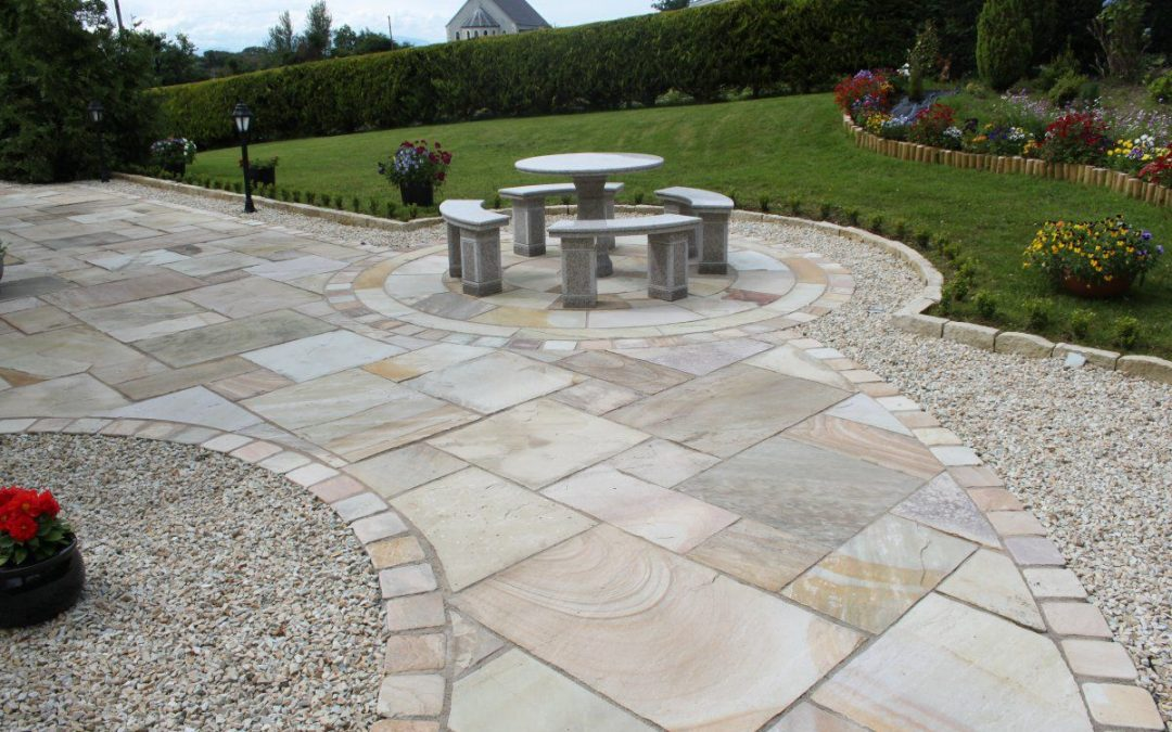 Knowing everything about sandstone paving